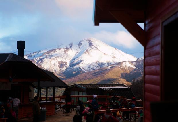 Bariloche: dia muito frio no Piedras Blancas e noite caliente na ByPass Andressa Barros, Especial /