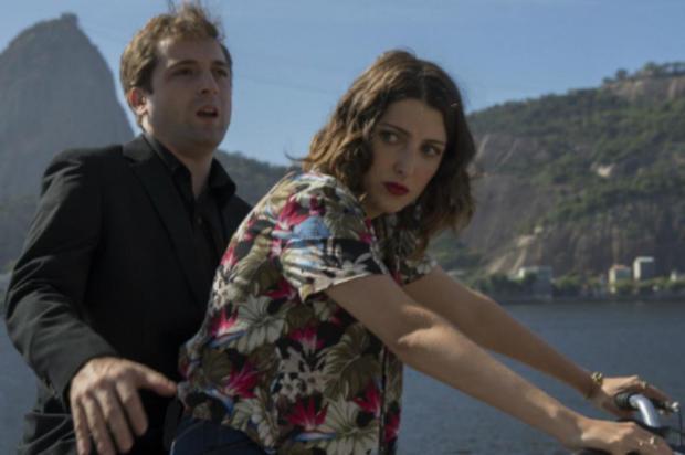 Comédia com Gregorio Duvivier e Clarice Falcão ganha trailer Reprodução/YouTube